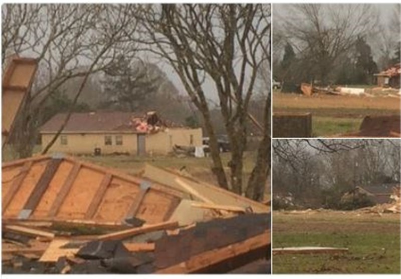 Christmas Day Cleanup after Storms Kill 14 in US