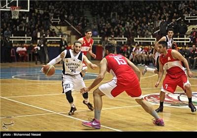 دیدار تیم های بسکتبال شهرداری گرگان و نیرو زمینی تهران