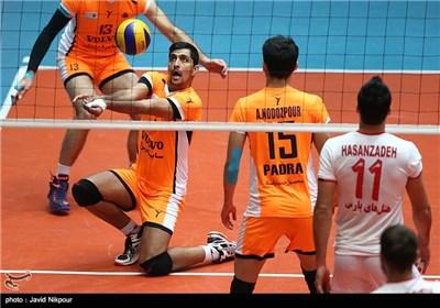 دیدار تیم های والیبال سایپای تهران و شهرداری تبریز