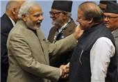 Indian PM Makes Surprise Visit to Pakistan