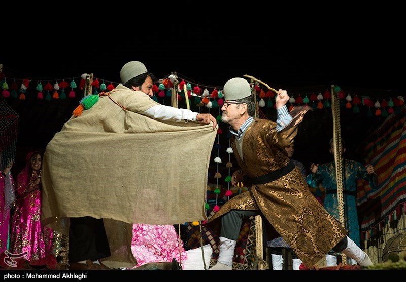 خوراک محلی، موسیقی بومی و پوشش اصیل؛ جلوه های قوم ایرانی در سرزمین ایران کوچک