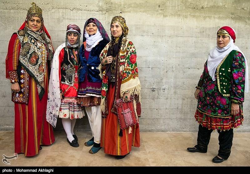 جشنواره هنری پیوند پوشاک اقوام ایرانی