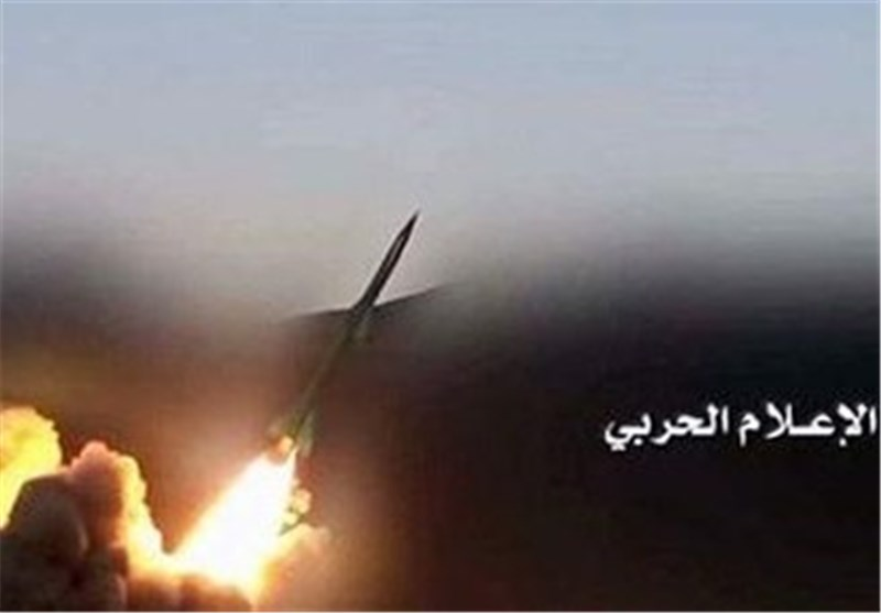 اطلاق صاروخ بالیستی على قاعدة خمیس مشیط کرد بسیط لاستمرار العدوان والغارات