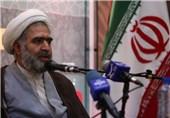 اصفهان| دشمن شکست مقاومت ملت ایران را نشانه گرفته است؛ همدلانه ایستادگی کنیم