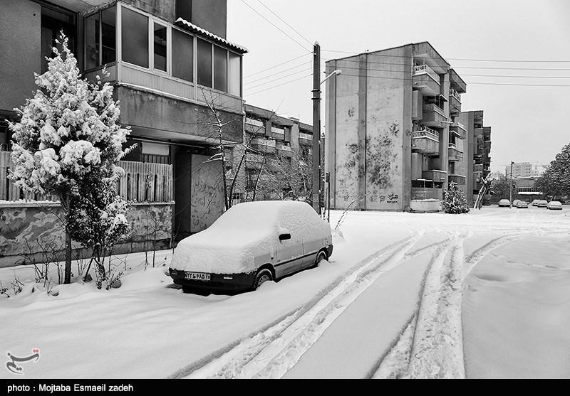 سپاه و ارتش برای مقابله با بحران برف در اردبیل وارد عمل شدند