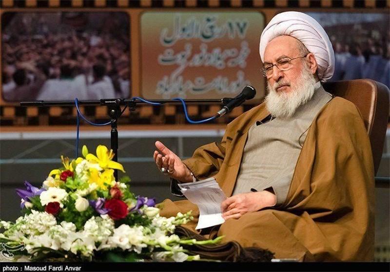 آیت الله مجتهد شبستری نماینده ولی فقیه در آذربایجان شرقی و امام جمعه تبریز