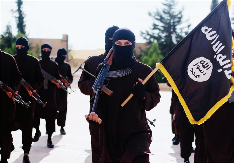 ISIL Forced to Halve Its Militants' Monthly Salaries in Tough Times