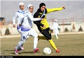 بانوان فوتبال اصفهان به دربی رسیدند/ نگاه سپاهان به نخستین پیروزی فوتسالی