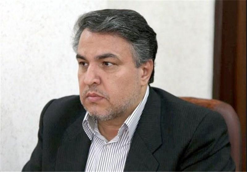 حسینی: دو هفته انتظار برای ثبت سفارش کاغذ/ مسئولان مانع اصلی آرامش بازار کاغذ هستند
