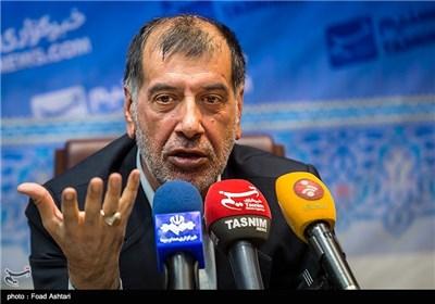 نشست خبری محمدرضا باهنر در خبرگزاری تسنیم