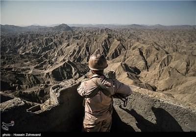 Attackers Kill 2 Iranian Guards near Southeastern Border Point