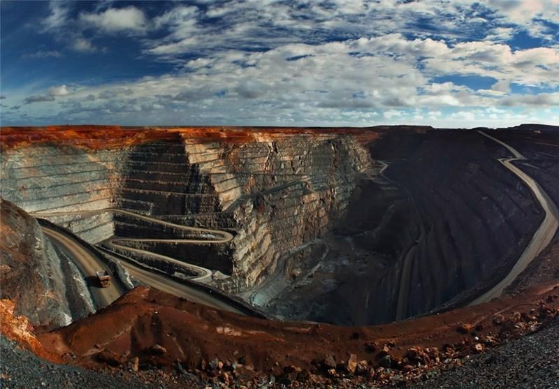 بخشهای معدنی استان خراسان جنوبی با 70 درصد ظرفیت کار میکنند