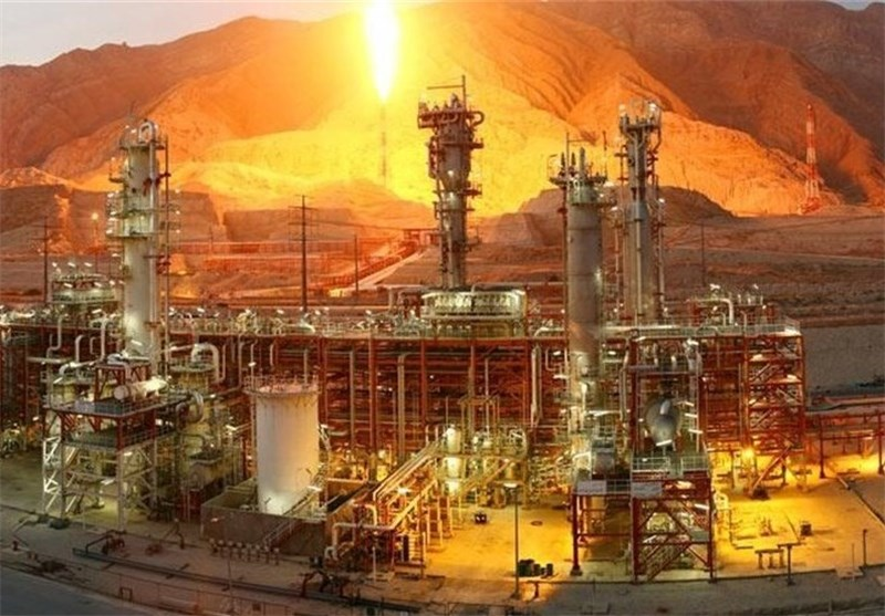 Asian Firms to Help Renovate Iran's Refineries