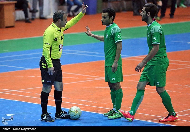 Iran's Tasisat to Face Benfica for 7th Place at Futsal Int'l Cup