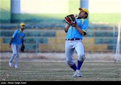 سفر ریس فدراسیون جهانی بیسبال به اصفهان
