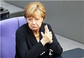 تداوم کاهش محبوبیت مرکل و افزایش رضایتمندی از حزب افراطی آلمان