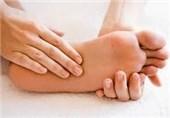 """علت """"خوابرفتگی دست و پا"""" چیست + راهکارهای درمانی طب سنتی"""