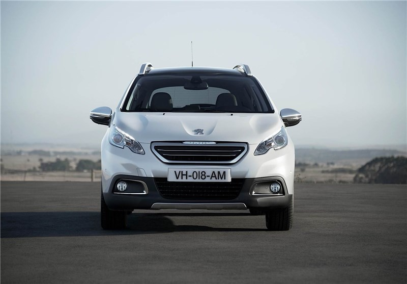 روند صعودی قیمت ها در بازار خودرو/ «پژو2008» 740 میلیون تومان شد