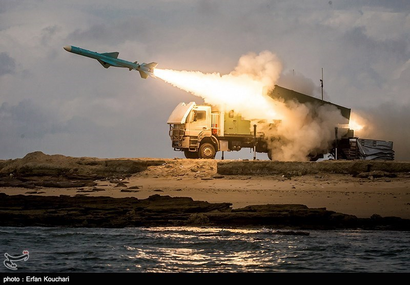 Iranian Navy Test-Fires Cruise Missile 'Noor' (+Video)