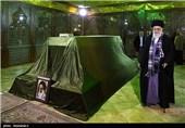 ایران الاسلامیة تحیی الیوم ذکرى رحیل الامام الخمینی (رض)