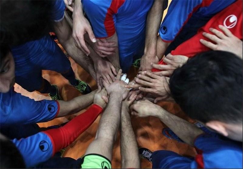 Iran Futsal Team Coach Nazemosharia Optimistic about Winning Title