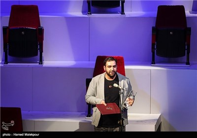 سیمرغ بلورین بهترین آنونس عکس فیلم به محمد بدرلو عکاس فیلم اعترافات ذهن خطرناک من تعلق گرفت