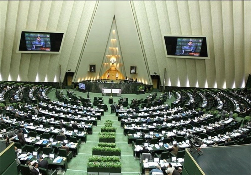 Iranian Parliament Appreciates IRGC Navy for Capturing US Sailors