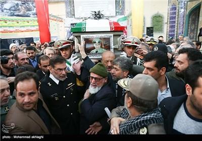 حضور دریابان علی شمخانی دبیر شورای عالی امنیت ملی در مراسم تشییع پیکر امیر سرلشکر محمد سلیمی