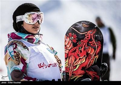 مسابقات اسکی اسنوبرد جام فجر در پیست دیزین