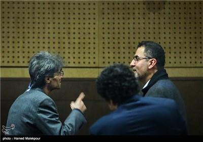 گفتوگوی حجتالله ایوبی و ناصر تقوایی در چهارمین روز سی و چهارمین جشنواره فیلم فجر - برج میلاد
