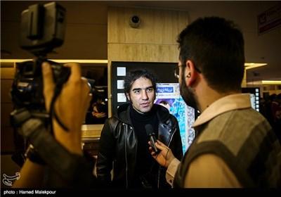 رضا یزدانی در چهارمین روز سی و چهارمین جشنواره فیلم فجر - برج میلاد