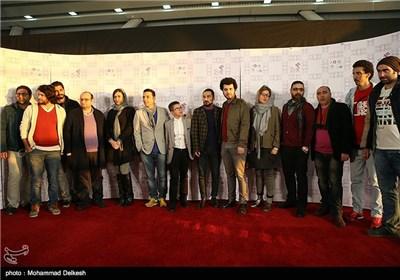 عوامل فیلم سینمایی ابد و یک روز در مراسم فرش قرمز این فیلم در پردیس سینمایی ملت