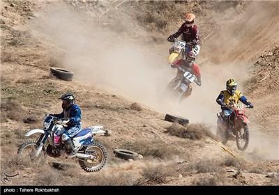 رقابت های موتور کراس در شیراز