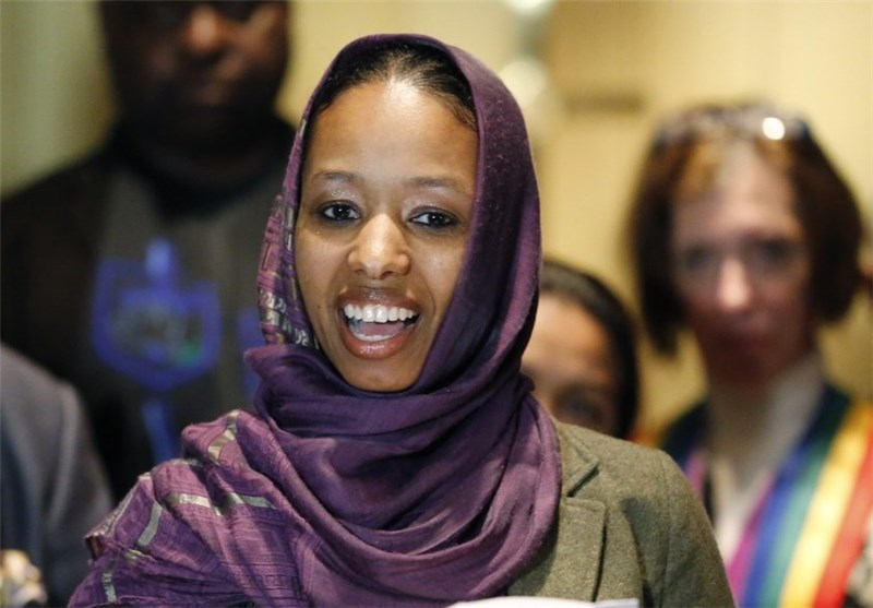 US Professor to Leave School over Hijab Comments