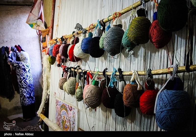 خوزستان| کارگاه آموزش قالیبافی با هدف توانمندسازی زنان سرپرست خانوار در اندیمشک راهاندازی شد