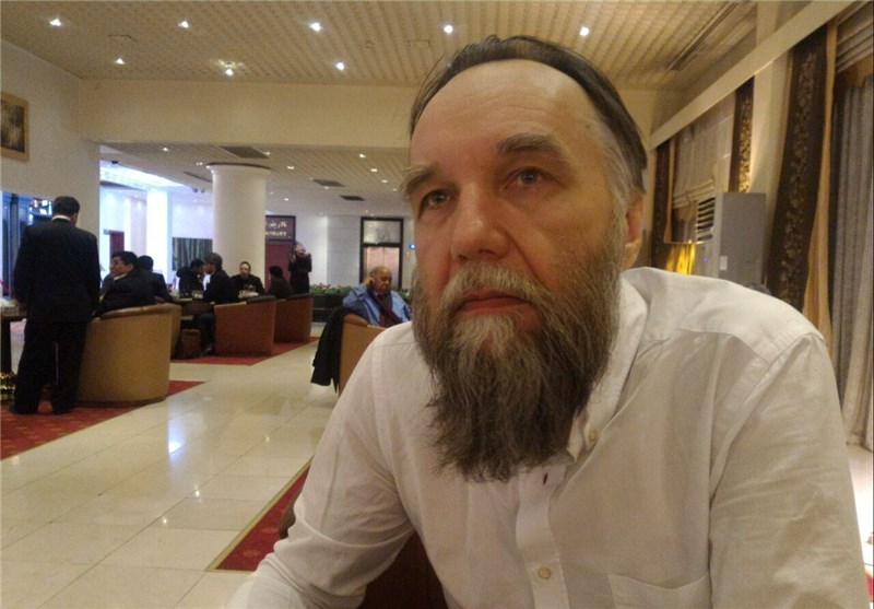 Russia Sides with Iran, Hezbollah against Terrorism: Alexander Dugin