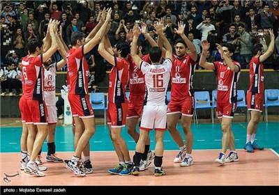 تیم والیبال شهردای ارومیه 3 بر صفر در مقابل پیکان تهران به پیروزی رسید