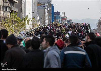 مسیرات 22 بهمن - شارع انقلاب
