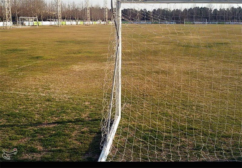 گزارشی از وضعیت اسفبار زمین کمپ تیم ملی فوتبال
