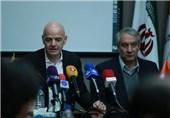 مطالبات فدراسیون فوتبال از فیفا ارتباطی به سوئیفت ندارد