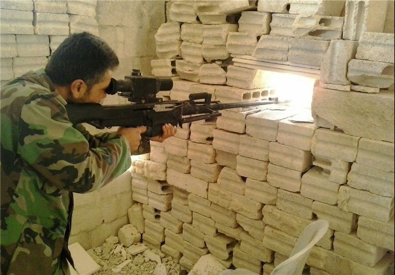 عدسة «تسنیم» تصوّر أخطر جبهة قتال قرب دمشق وتلتقی قادة من الجیش السوری+ صور وفیدیو