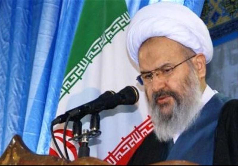 کاشان| آمریکا دست از دشمنی با جمهوری اسلامی برنداشته است
