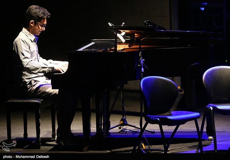 کنسرت شهرداد روحانی در سی و یکمین جشنواره موسیقی فجر