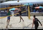نمایندگان گلستان حریفان خود را در مسابقات والیبال ساحلی مغلوب کردند