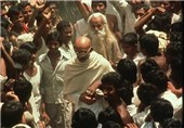 برگزاری صدوپنجاهمین سالگرد مهاتما گاندی در تهران/سفر بانوان خلبان هندی به 5 شهر ایران