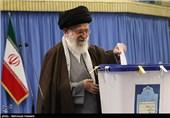 امام خامنهای در انتخابات مجلس شورای اسلامی و خبرگان رهبری شرکت کردند