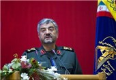 IRGC Chief Urges US to Stop Costly, Harmful Presence in Persian Gulf