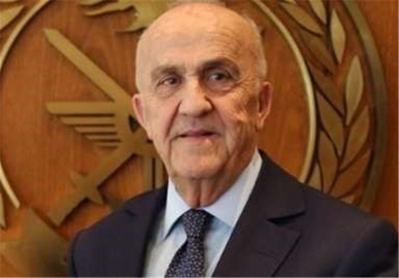 وزیر الدفاع اللبنانی: إیران مستعدة لتسلیح الجیش اللبنانی