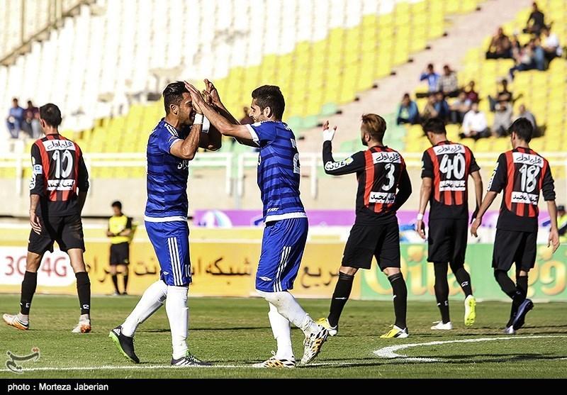 دیدار تیمهای فوتبال استقلال خوزستان و سیاهجامگان مشهد