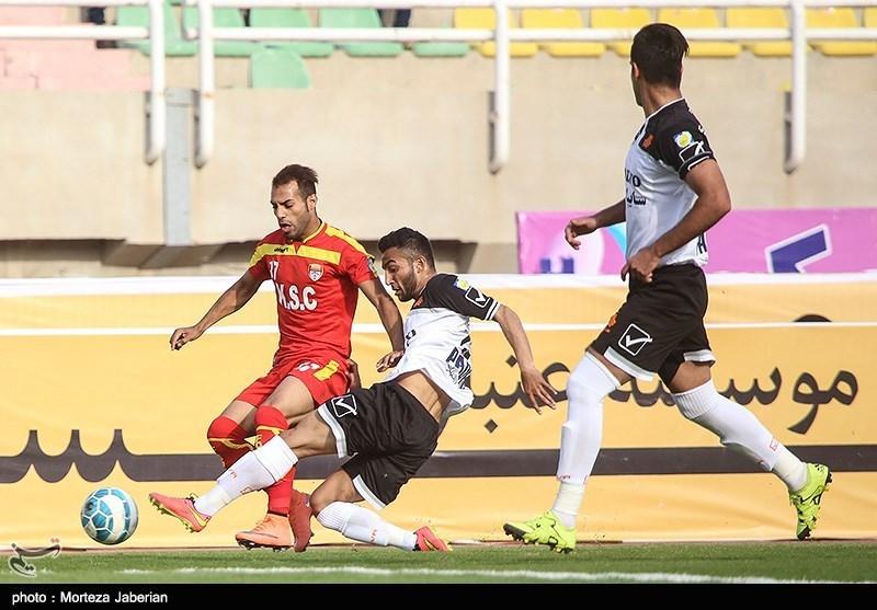 هفته بیستوچهارم لیگ برتر فوتبال :تساوی فولاد و صبا
